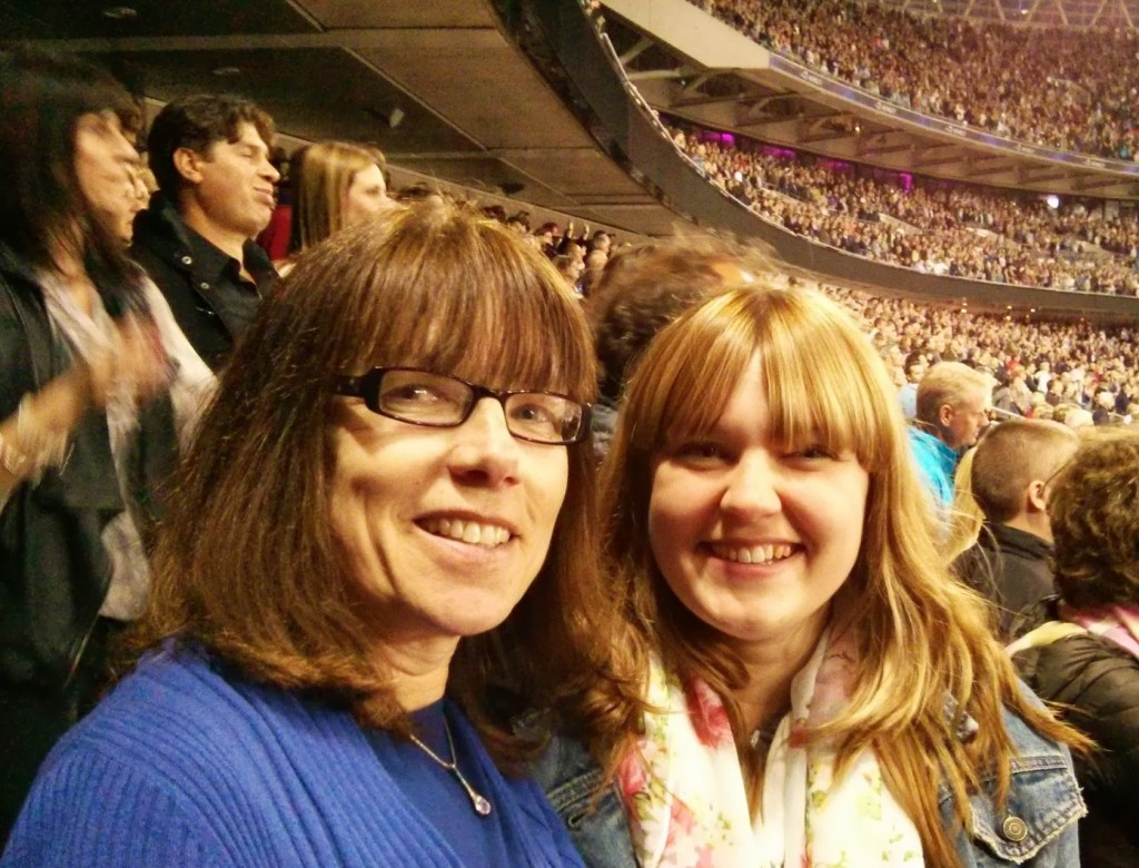 Rebecca and Gillian Bruce Springsteen Wembley